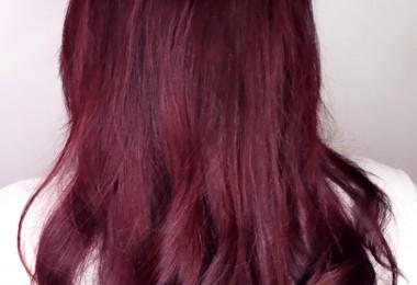 Bucle sau păr drept?